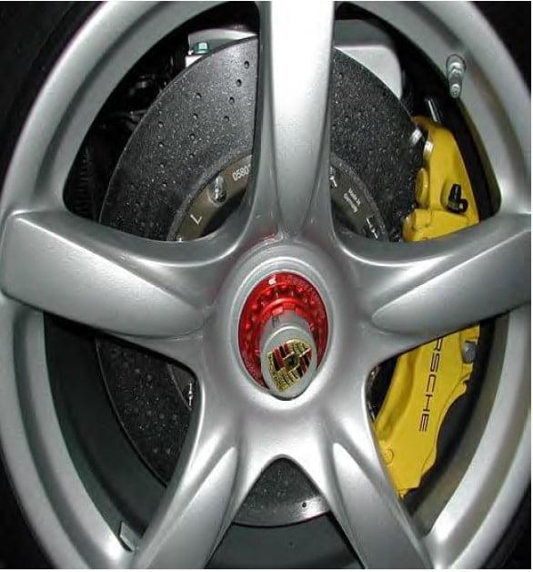 brake pad نگهداری از سیستم ترمز